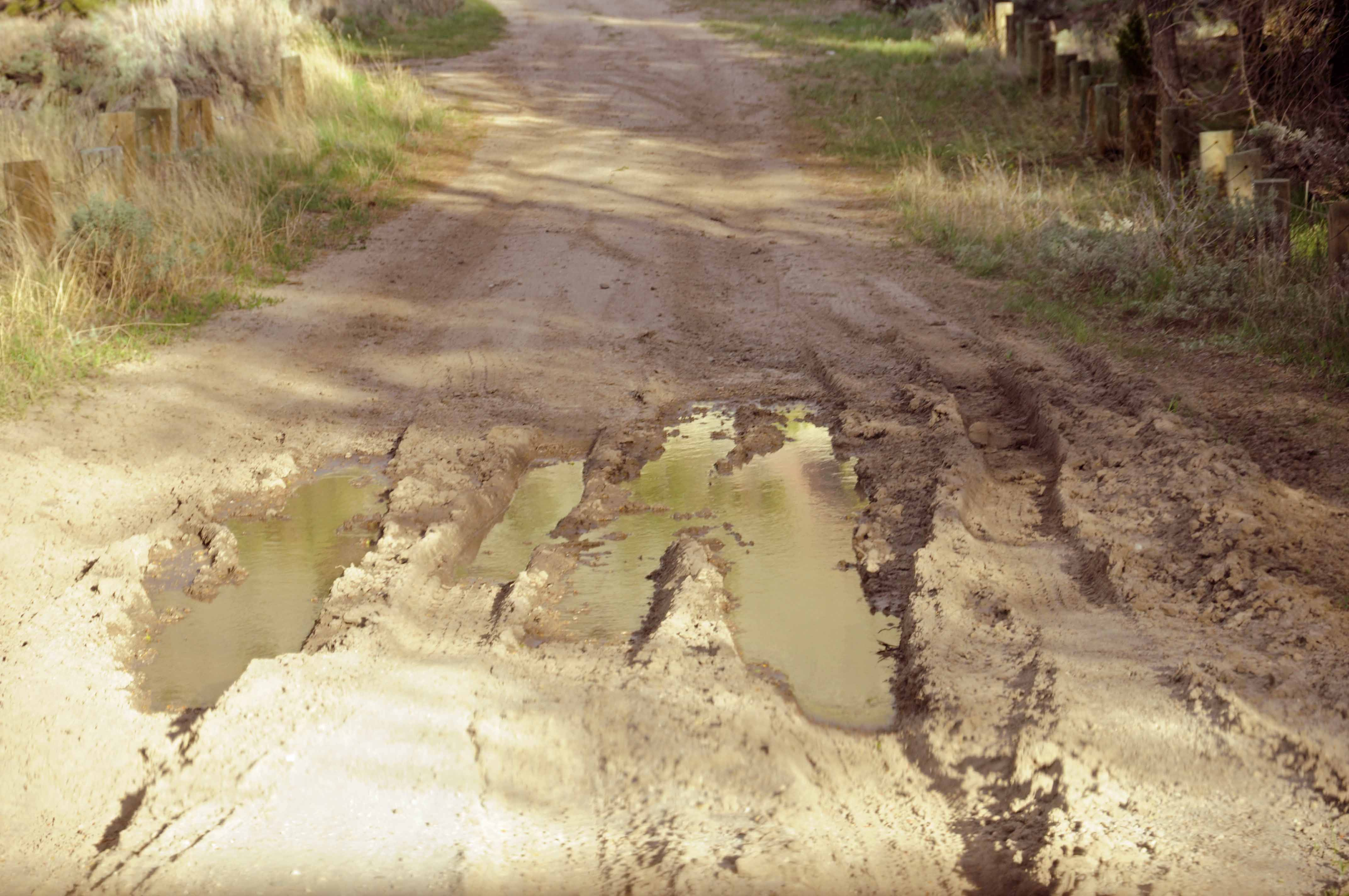 how to fix ruts in dirt road